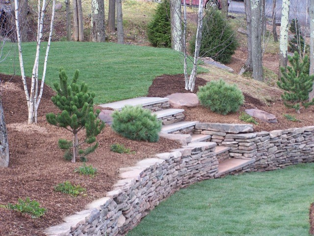 Click here to see our many landscaping projects ... one will be the right size for you!